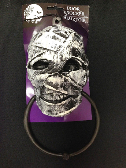 Novelty Gothic Accident Victim Walking Dead ZOMBIE MUMMY HEAD DOOR KNOCKER-TOWEL RING-SCONCE-Swag Garland Holder-Halloween Haunted House Horror Decorations Wall Props Bathroom Kitchen Bar Doctor Nurse Patient Paramedic Costume Accessory Party Decor