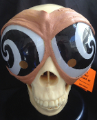 Getting sleepy? Mad Scientist PEEPERS BLACK SWIRL HYPNO MASK Goggles Hypnosis Magic Joke Prank Gag. Mind control wacky party novelty Cartoon Swirling Hypnotizing Eye Cover. Funny nerd, geek, insane asylum, clown, magician Halloween costume accessory.